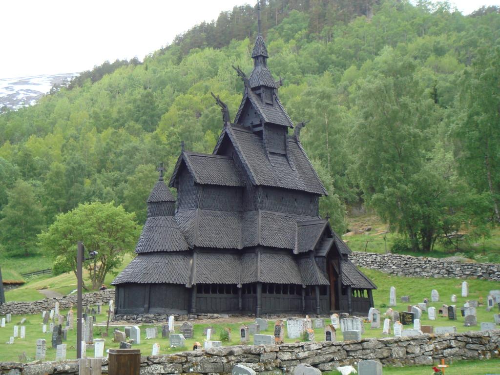 ボルグンスターヴ教会